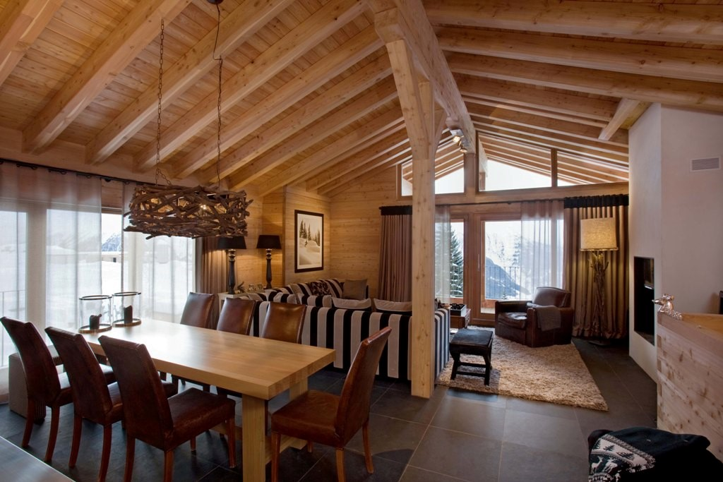 <strong>Chalet Zwitserland<span><b>vergroot foto</b></span></strong><i>→</i>