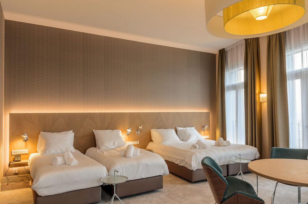 <strong>Panorama Hotel IJburg<span><b>vergroot foto</b></span></strong><i>→</i>