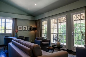 <strong>Hotel Sandton Cocagne<span><b>in</b>Horeca </strong><i>→</i>